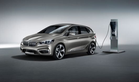 bmw concept active tourer 12 01