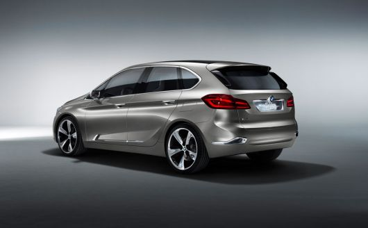 bmw concept active tourer 12 03