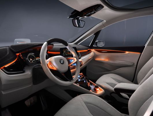 bmw concept active tourer in 12 04