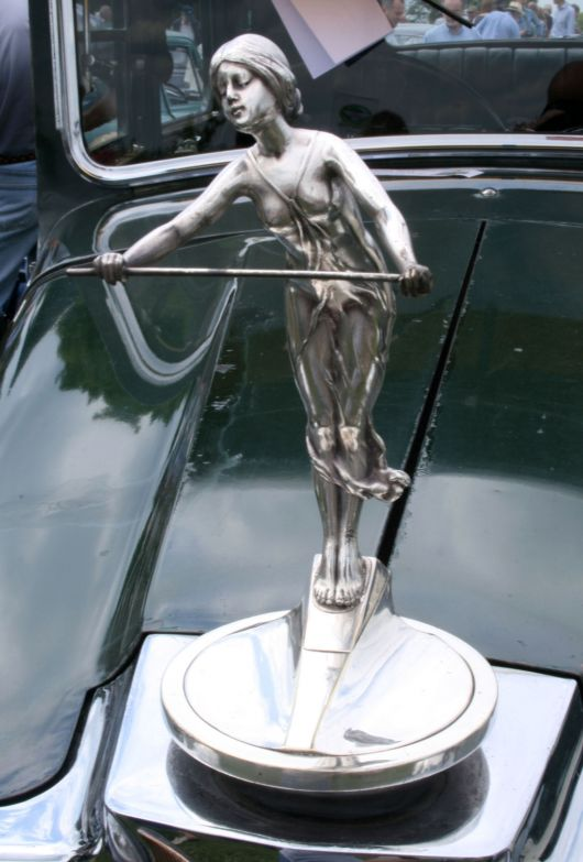 star 18 50 comet hood ornament 31