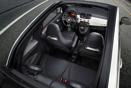 fiat 500 abarth cabrio in 13 04
