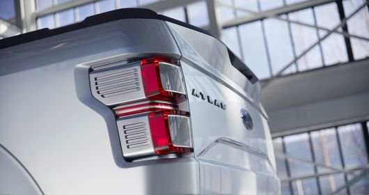 ford atlas concept break light 13
