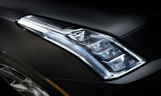 cadillac elr headlight 14