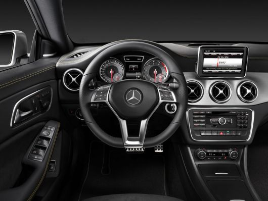 mercedes benz cla in 14 01