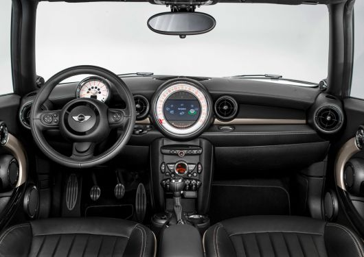 mini clubman cooper s bond street in 13 02
