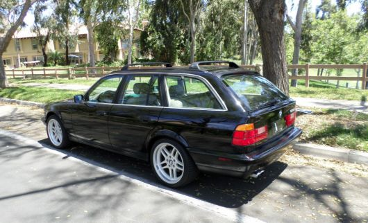 bmw 530i wagon 94.png