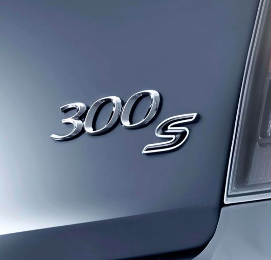 chrysler 300s emblem 14