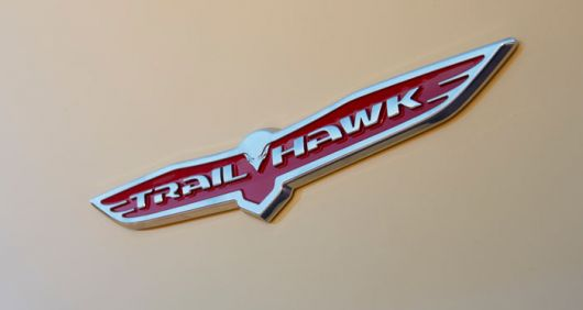 jeep cherokee advebturer trail hawk emblem 14