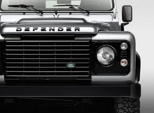 land rover defender silver pack 1 14