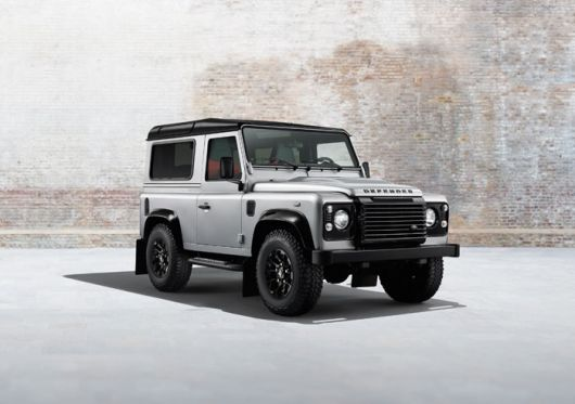 land rover defender silver pack 2 14