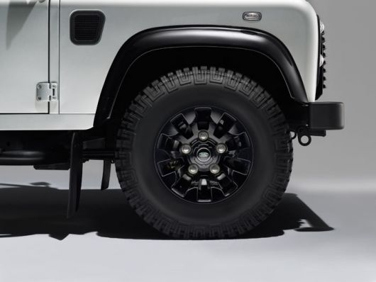 land rover defender silver pack 3 14