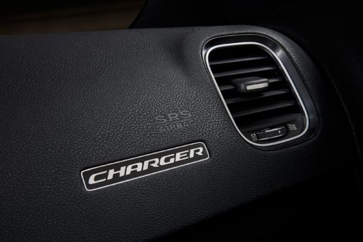 dodge charger in 15 09