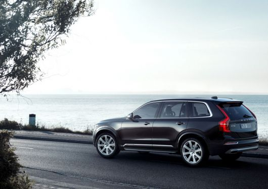 volvo xc90 first edition 15 02