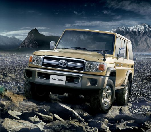 toyota land cruiser 70 15 03