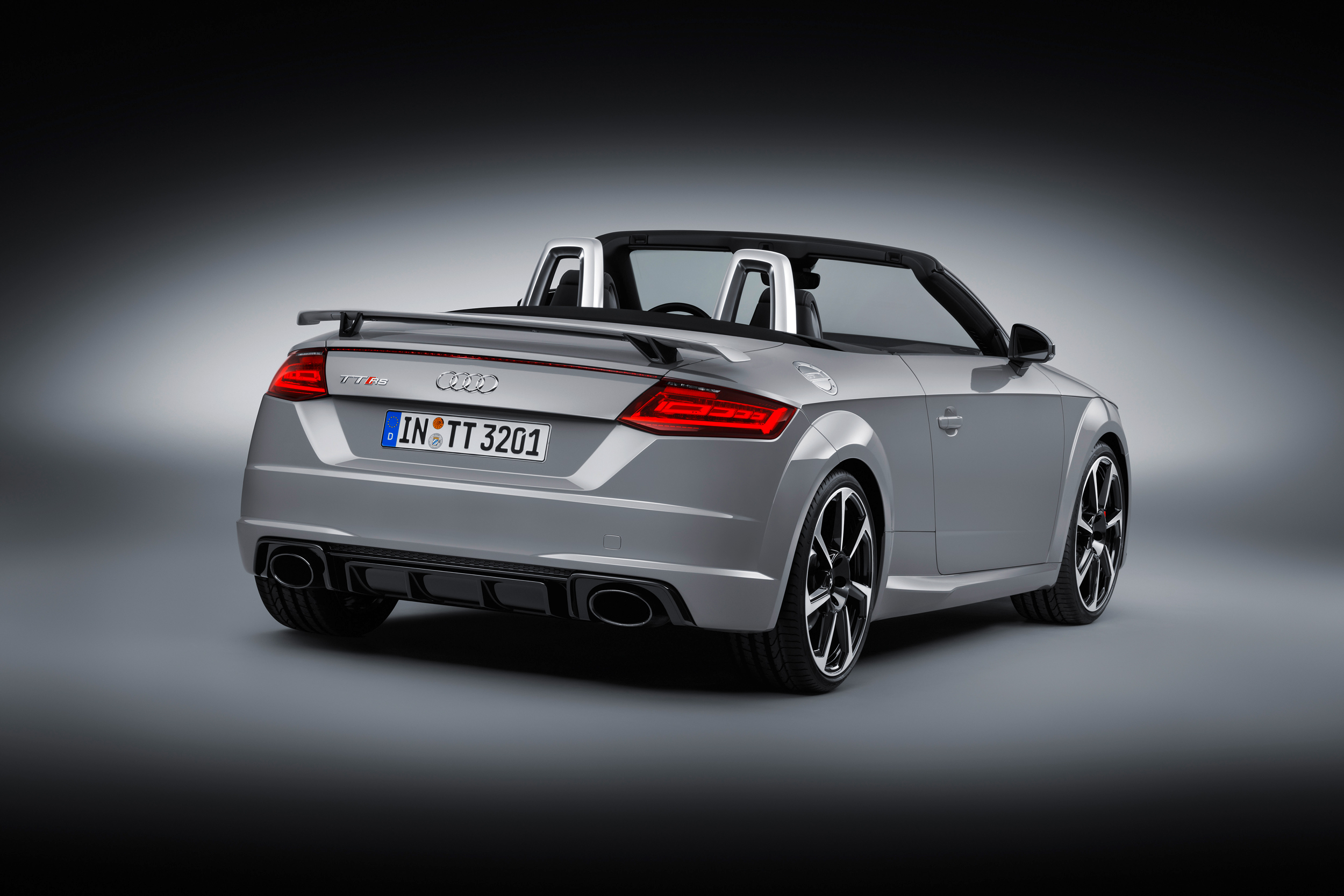 audi tt rs roadster 2017 cartype. Black Bedroom Furniture Sets. Home Design Ideas