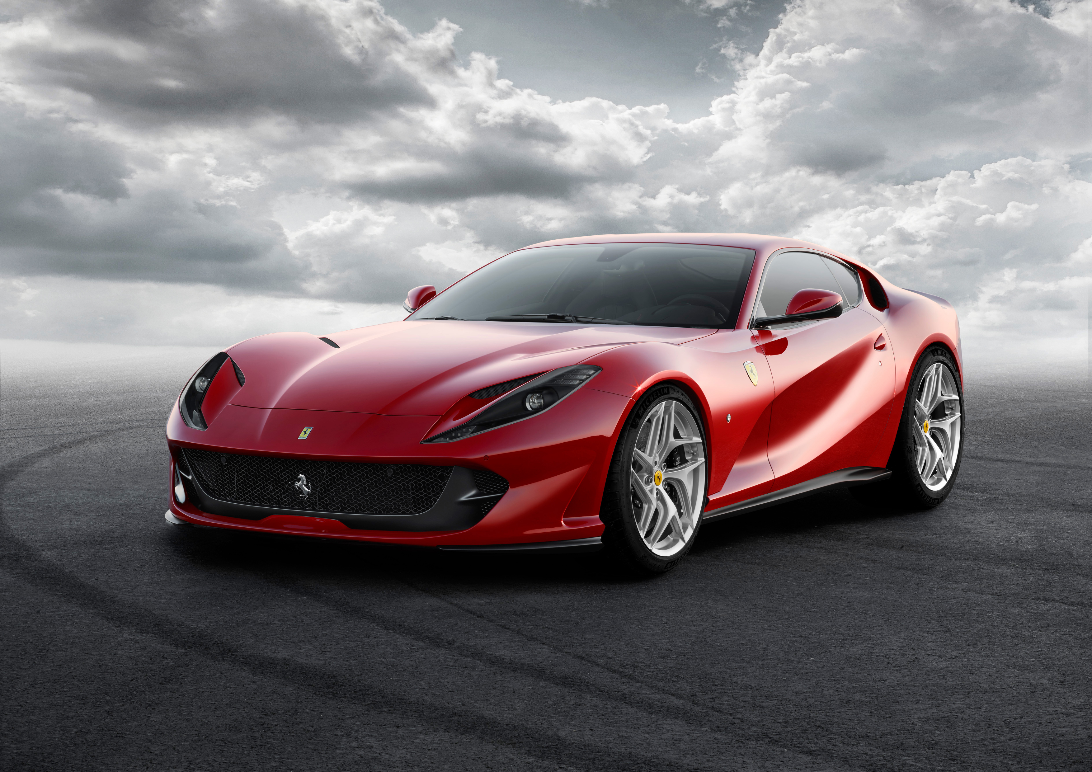 ferrari 812 superfast 2018 cartype. Black Bedroom Furniture Sets. Home Design Ideas