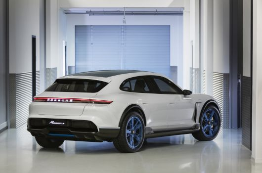 porsche mission e cross turismo 18 03