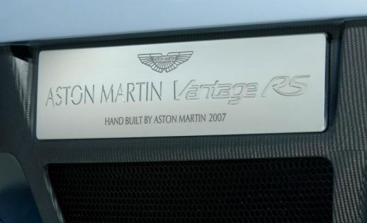 am v12 vantagers plaque 07