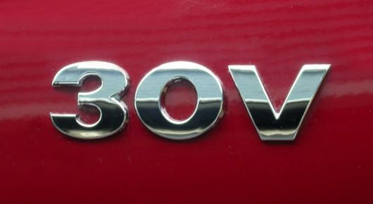 30v vw badge1