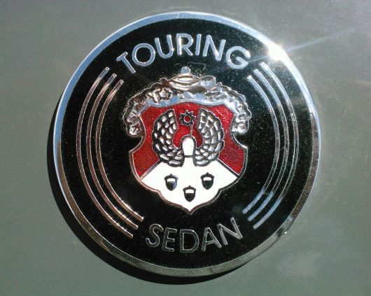 oldsmobile touring sedan emblem