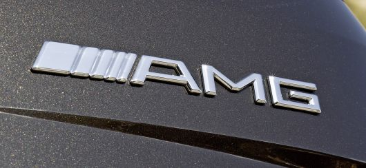 mercedes benz ml 63 amg emblem 08