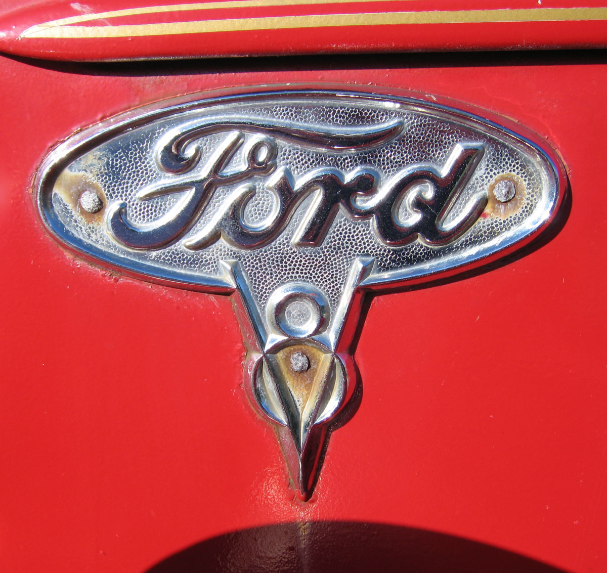 V emblems cartype ford v8 truck biocorpaavc
