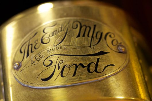 ford runabout emblem 1 11