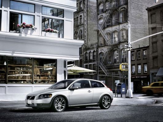 volvo c30 out