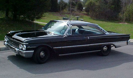 Ford Galaxie Starliner : 1961 | Cartype