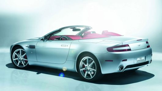 aston martin vantage roadster rs
