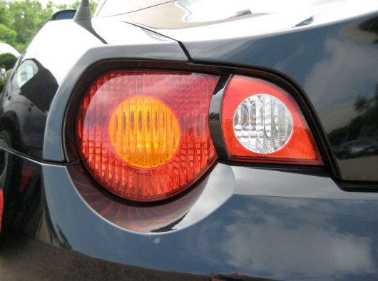 How Do I Remove This Black Strip On Taillights Z4 Forum Com