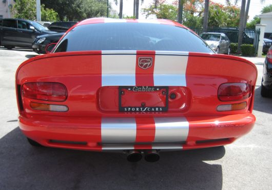 dodge viper gts coupe rear 00