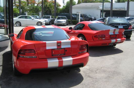 dodge viper set rear