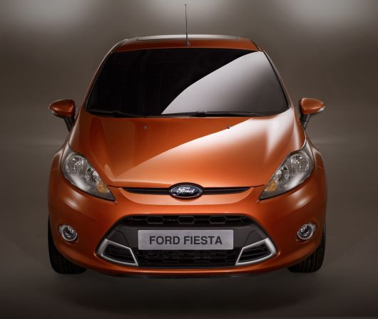 sporty ford fiesta s 4