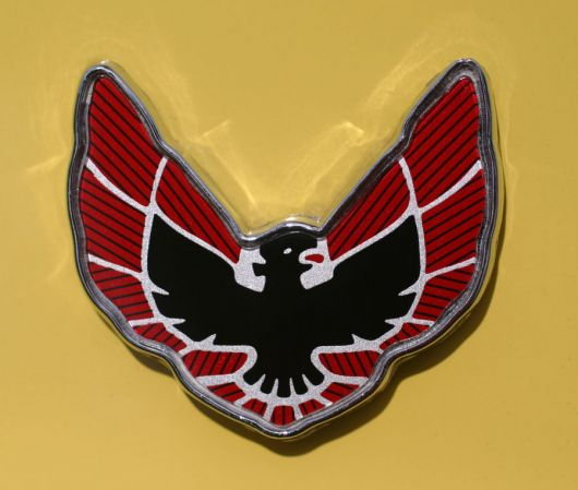 pontiac firebird formula eagle shield emblem 76