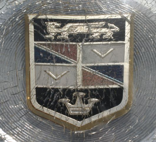 chrysler imperial crown shield 60