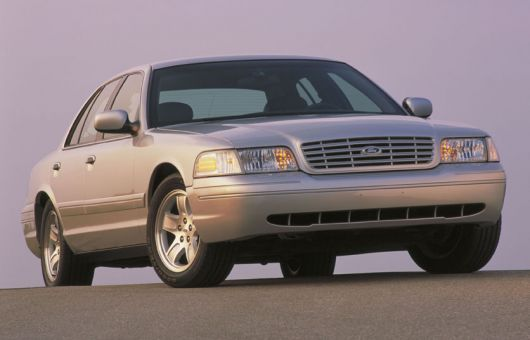 ford crown victoria 02