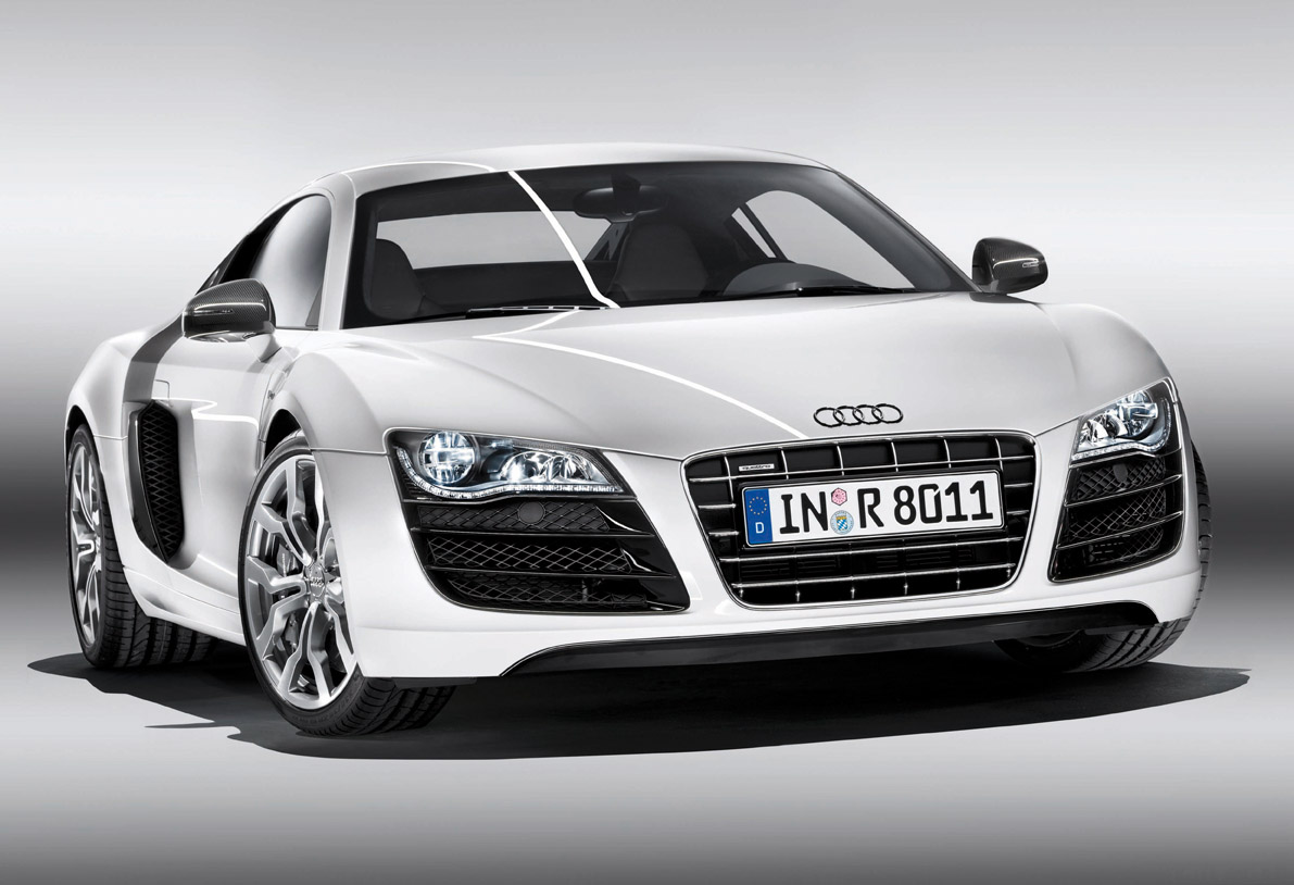 Audi R8 V10 Sets Pace By Raising 500 000 In Charity