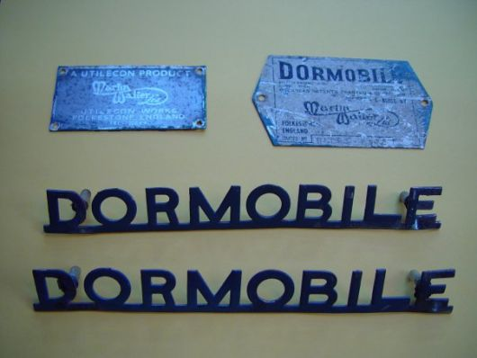 land rover dormobile emblem