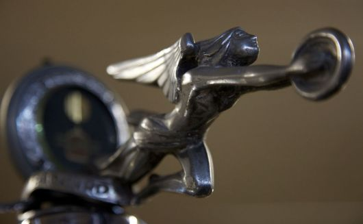 packard 5th series 526 formal sedan hood ornament 28 04