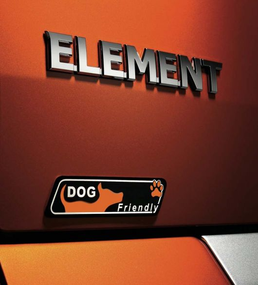 honda element dog emblem1 09