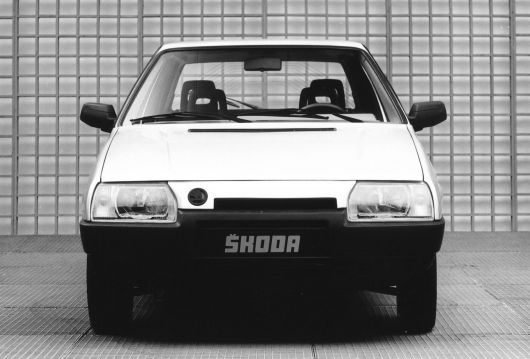 skoda favorit 1