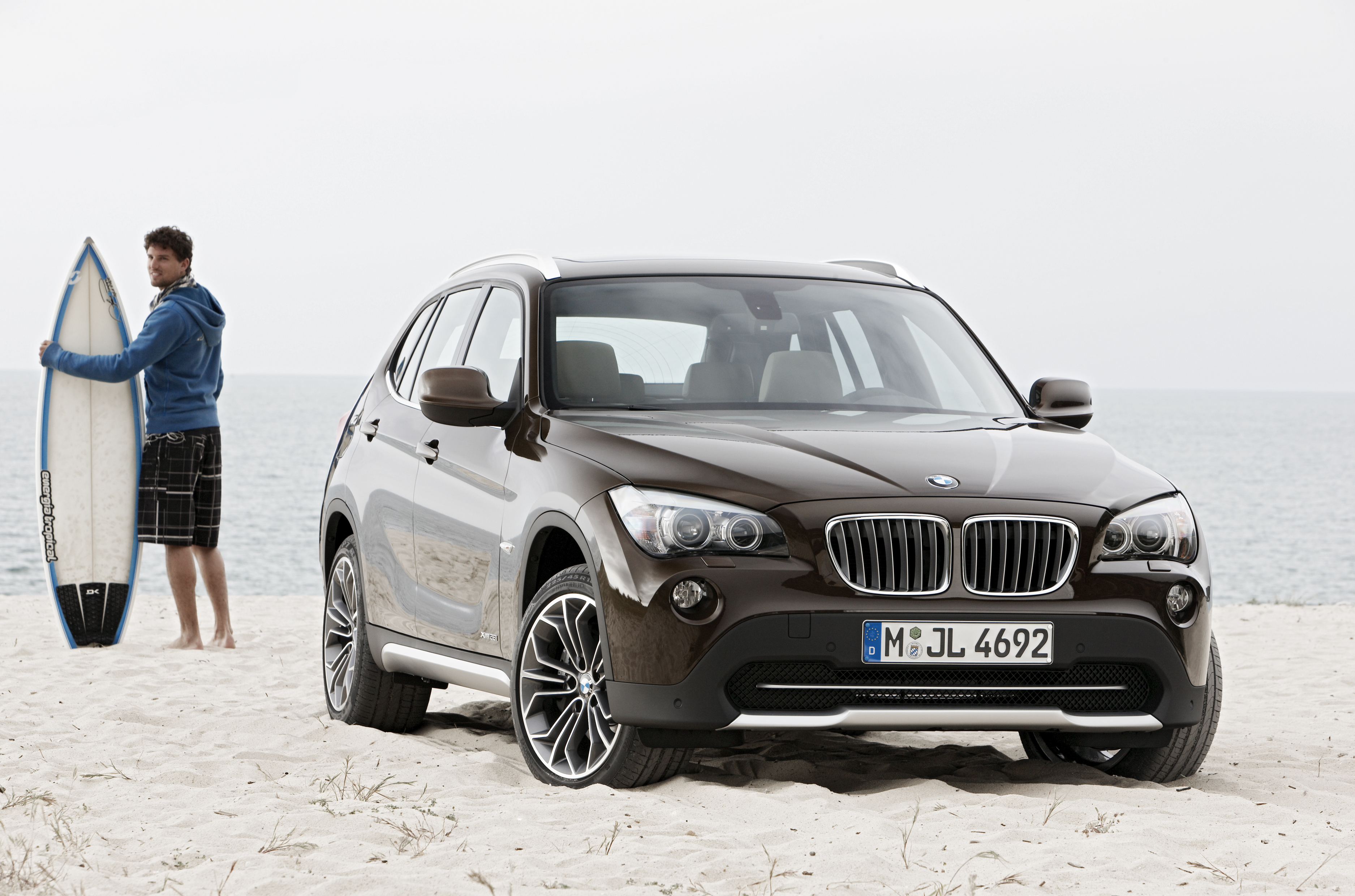 bmw x1 2011 cartype. Black Bedroom Furniture Sets. Home Design Ideas