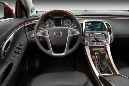 buick lacrosse cxs in1 10