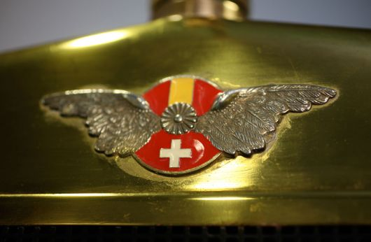 hispano suiza front grill emblem
