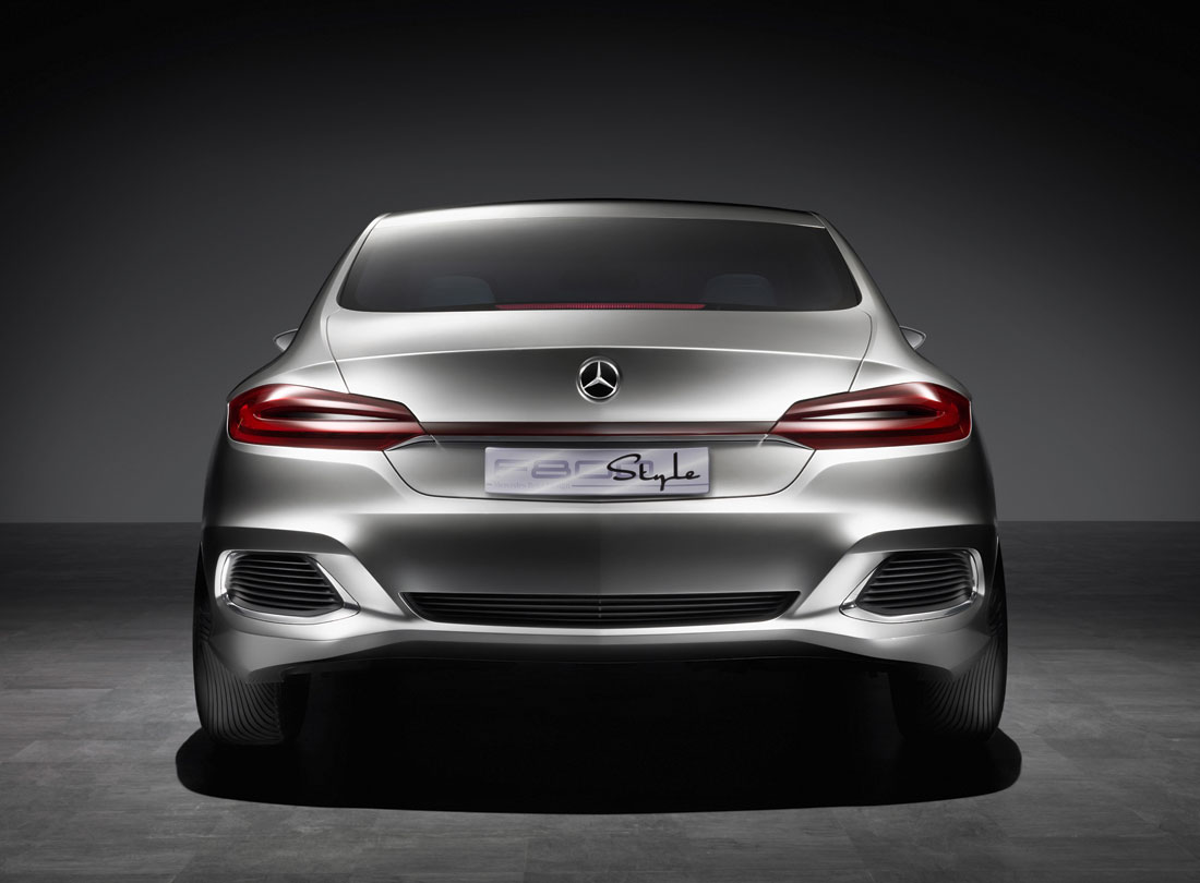 Mercedes benz f800 style 2010 cartype for Mercedes benz f800