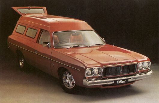 chrysler sports van australia 77