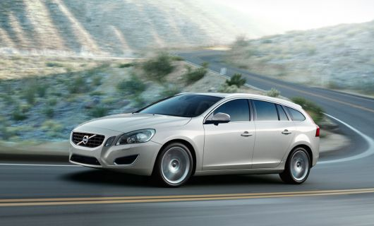 volvo v60 sports wagon 4 11