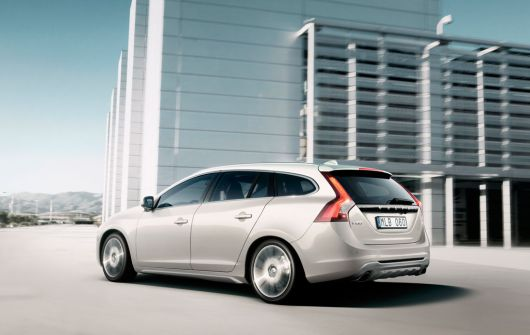 volvo v60 sports wagon 7 11