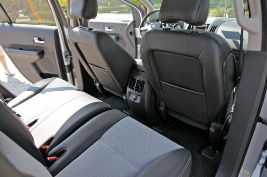 ford edge in 11 01